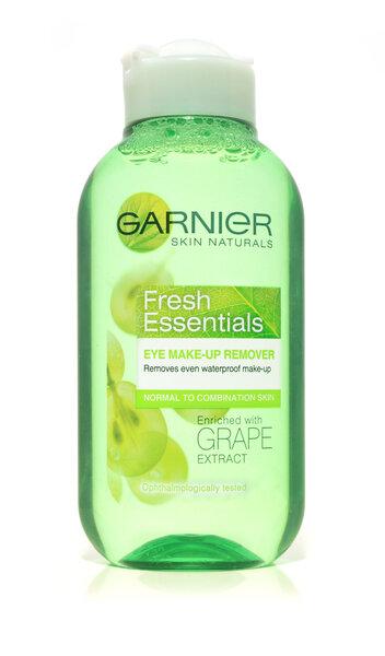 Akių makiažo valiklis Garnier Skin naturals Fresh Essentials 125 ml kaina ir informacija | Veido valymo priemonės | pigu.lt