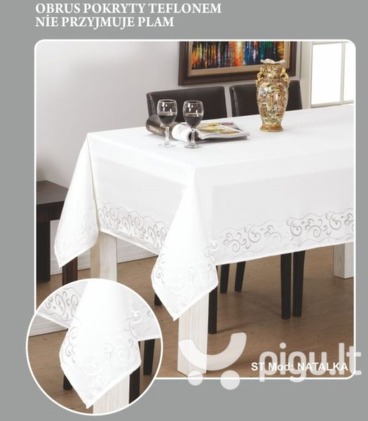 Staltiesė Natalka, 110x160 cm kaina ir informacija | Staltiesės, virtuviniai rankšluosčiai | pigu.lt