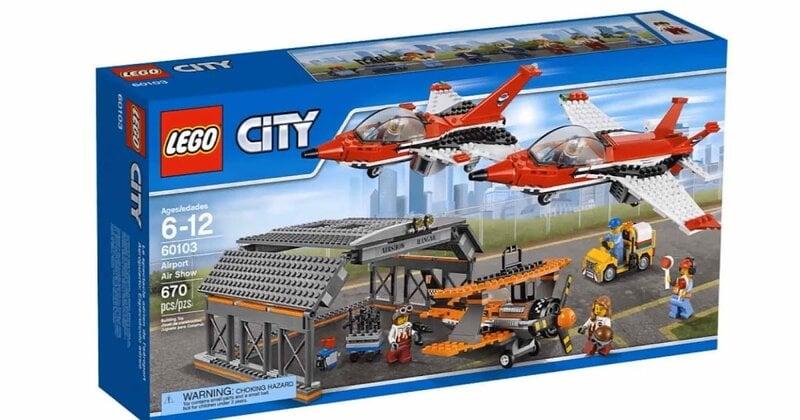 Konstruktorius LEGO™ City Airport Air Show 60103 kaina ir informacija | Konstruktoriai ir kaladėlės | pigu.lt