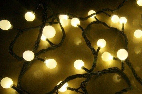Kalėdinė girlianda Burbuliukai, 100 LED kaina ir informacija | Girliandos | pigu.lt