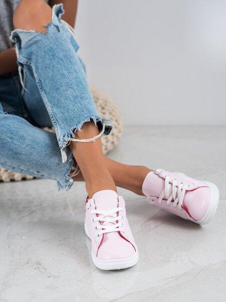 Laisvalaikio batai moterims, rožiniai internetu
