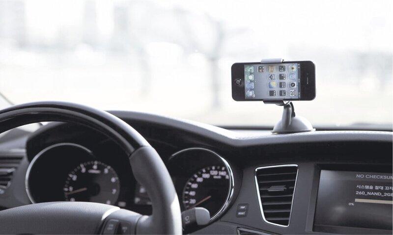 """""""Fiesta"""" universalus telefono ir GPS laikiklis automobiliui internetu"""