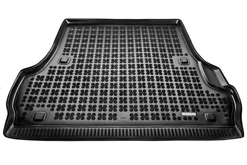 Guminis bagažinės kilimėlis Toyota LAND CRUISER 200 5d. 2008--> /231732 kaina ir informacija | Modeliniai bagažinių kilimėliai | pigu.lt